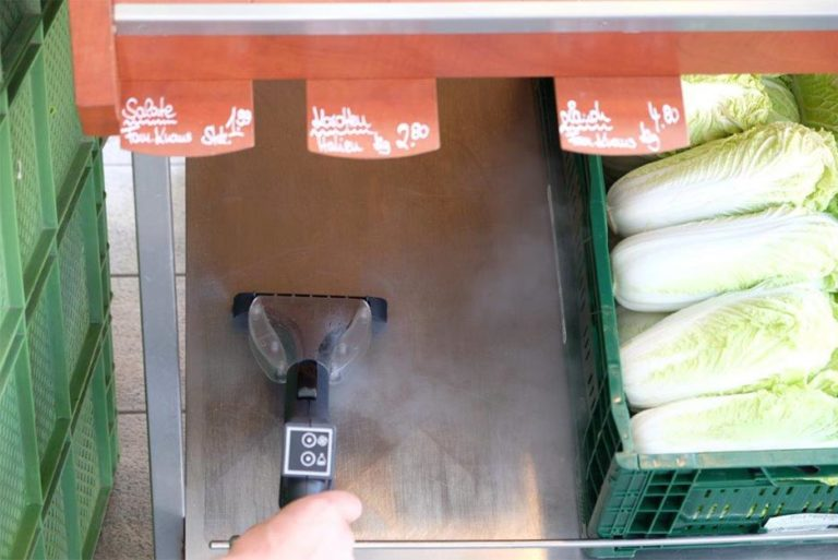 Efficiently clean your sales area and counters